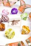 Diamantes y de oro coloreados Imagenes de archivo