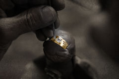 diamantguldsmedcirkel Royaltyfri Bild