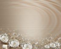 Diamanti dell'invito di cerimonia nuziale sui nastri del raso fotografie stock
