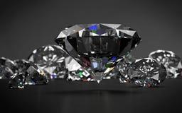 Diamanti su fondo grigio scuro Immagine Stock