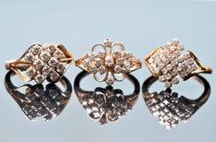 diamantsmyckencirklar Arkivbild
