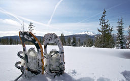 Diamantspitze und Snowshoes Lizenzfreies Stockfoto