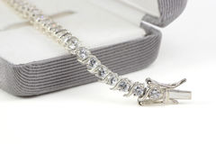 Diamanttennisarmband Royaltyfri Foto