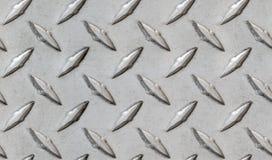 Diamentowy metalu wzoru opakunek wokoło tekstury nierdzewnej lub aluminiowej brudnej przeciwślizgowej płytki fotografia royalty free