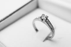 (1) diamentowy pierścionek zdjęcie stock