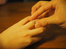 Diamentowy propozycja pierścionek Zdjęcie Royalty Free