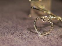 Diamentowy serce na woolen tła zbliżeniu Fotografia Stock