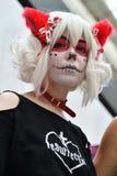 Diameter de los Muertos karneval Flicka för sockerskallemakeup Arkivbilder