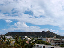 Diamond Head, buildings, and Kapahulu Town Area of Honolulu Stock Photography