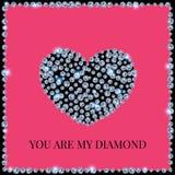 Diamond Heart On een Roze Ontworpen Achtergrond, Royalty-vrije Stock Afbeeldingen