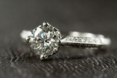 Free Diamond Ring Royalty Free Stock Photography - 4858977
