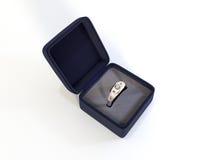 Diamond Ring dans la boîte Images libres de droits