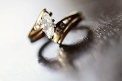 Diamond Ring Representing Love ed impegno Fotografia Stock