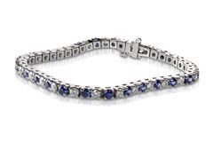Diamond and Sapphire Tennis Bracelet Stock Photos
