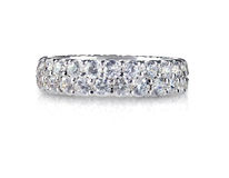 Diamond Wedding Anniversary Band Ring bonito Foto de Stock