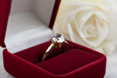 Diamond wedding ring in a red gift box Royalty Free Stock Photography