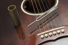 Diapason et guitare photographie stock