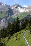 Diapositiva alpestre en las montan@as suizas Fotos de archivo