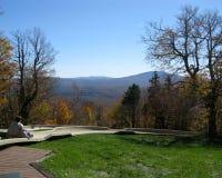 Diapositiva alpina en otoño Foto de archivo libre de regalías