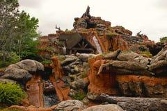 Diapositiva de agua del parque de atracciones Imagen de archivo libre de regalías