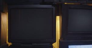Diapositiva 4k de la pared de la TV almacen de video