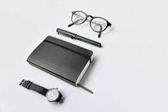 Diario, penna, vetri ed orologio Fotografia Stock Libera da Diritti