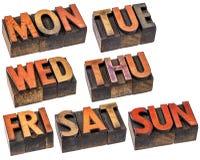 Dias da semana no tipo de madeira Imagem de Stock
