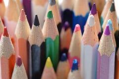 Dibujaron a lápiz diversos colores foto de archivo libre de regalías