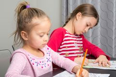Dibujo de las muchachas imagen de archivo libre de regalías