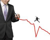 Dibujo del hombre de negocios que crece la línea roja otra que salta sobre subsid fotos de archivo