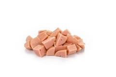 Diced ha cucinato le salsicce di maiale isolate su fondo bianco Fotografia Stock Libera da Diritti