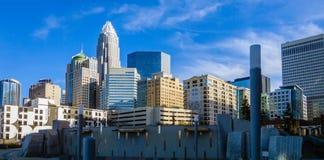 27 dicembre 2013, Charlotte, nc - vista dell'orizzonte di Charlotte a Fotografia Stock Libera da Diritti