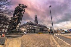 5 dicembre 2016: Facciata del palazzo di Christianborg a Copenhaghen, Fotografie Stock Libere da Diritti