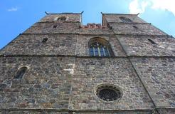 Dicht bij de muren van de kerk Royalty-vrije Stock Afbeeldingen