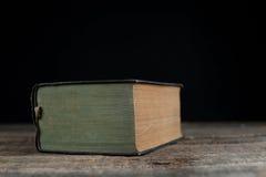 Dicht boek stock foto's