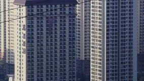 Dicht errichteter Wohnzustand in der chinesischen Stadt Kunming stock footage