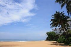 Dichtbijgelegen het strand zet Lavinia op Stock Foto