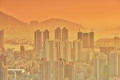 Dichte hoge stijgingsflats in Kowloon, Hongkong Stock Afbeeldingen
