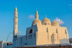 Dichte omhooggaand van Al Ameen Mosque in recente middag royalty-vrije stock foto's