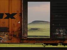 Dichte omhooggaand van de gesloten goederenwagen Stock Afbeeldingen