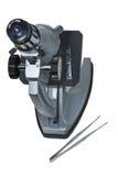 Dichte omhooggaand van de microscoop Stock Foto's