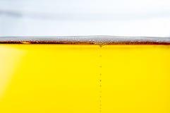 Dichte omhooggaand van het bier Stock Afbeelding