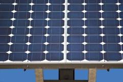 Dichte Omhooggaand van het zonnepaneel Stock Foto's