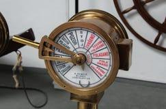 Dichte omhooggaand van oude de ordetelegraaf van de schipmotor royalty-vrije stock afbeeldingen