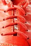 Dichte ziet omhooggaand van het schoenkant eruit royalty-vrije stock afbeelding