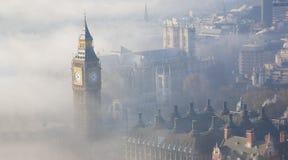 Dichter Nebel schlägt London Lizenzfreies Stockbild