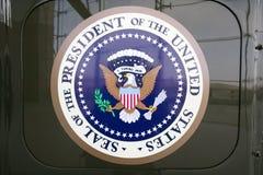 Dichtung des Präsident der Vereinigten Staaten auf Bildschirmanzeige an der Ronald- Reaganpräsidentenbibliothek und am Museum, Si stockfotos