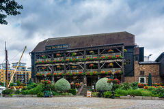 The Dickens Inn. Is a picturesque restyled and reconstructed 18th century pub and restaurant Stock Image