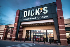 Dicks Sporting Goods retail sign and logo Stock Photos