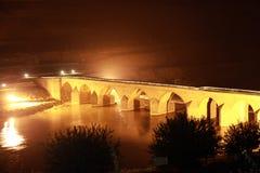 Dicle桥梁在迪亚巴克尔。 免版税库存照片